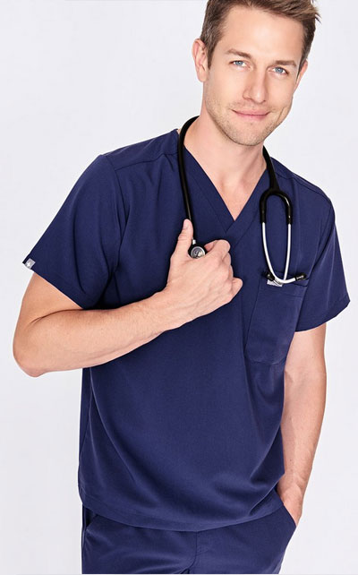 Leon two-pocket scrub top